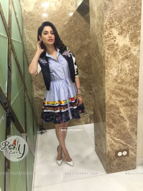 Tamannaah Bhatia grabbed attention the premiere of her film 'Tutak Tutak Tutiya'