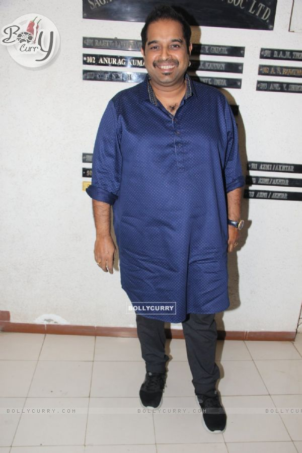 Shankar Mahadevan at Javed Akhtar's Birthday Bash