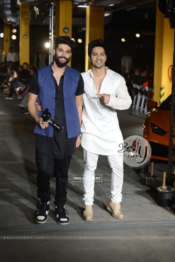 Varun Dhawan walks for Kunal Rawal at Lakme Fashion Week 2017 Day 1