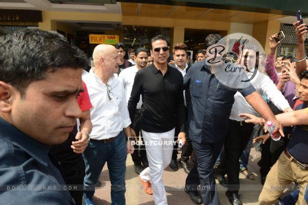 Press Meet of Naam Shabana