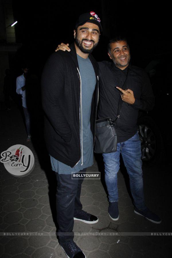 Arjun Kapoor and Chetan Bhagat at Mohit Suri's Bash!!