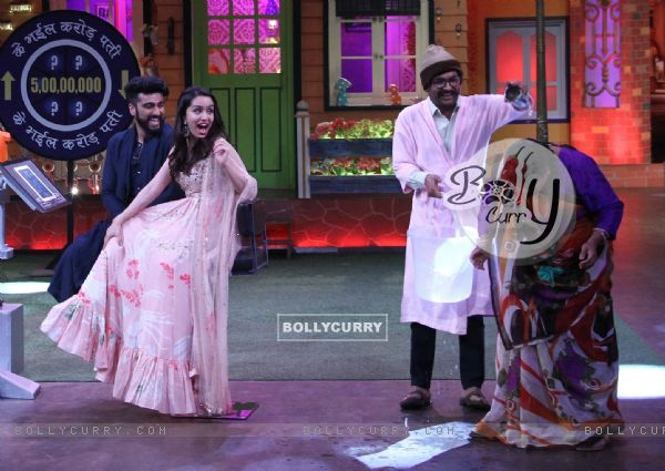 Arjun Kapoor- Shraddha Kapoor promote 'Half Girlfriend' on The Kapil Sharma Show