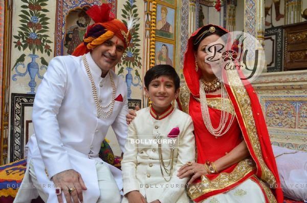 Parmeet Sethi and Kishori Shahane on the sets of Pehredaar Piya Ki