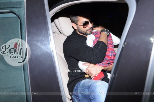 Shahid is all protective for baby Misha
