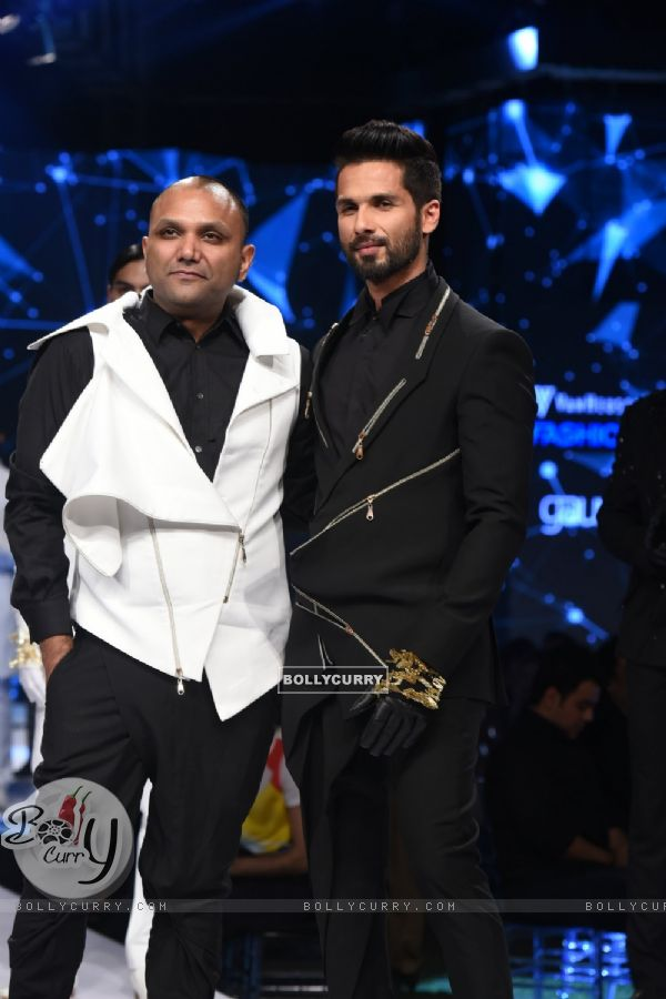 Shahid Kapoor walks the ramp for Gaurav Gupta