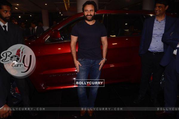 Saif Ali Khan's candid picture