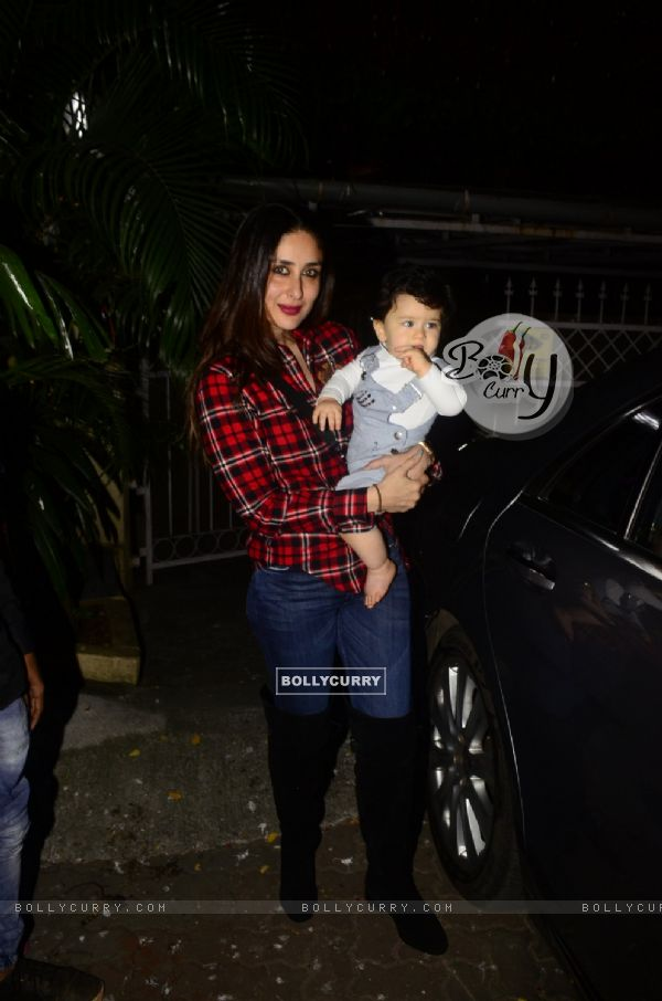 Kareena - Taimur slaying in this picture