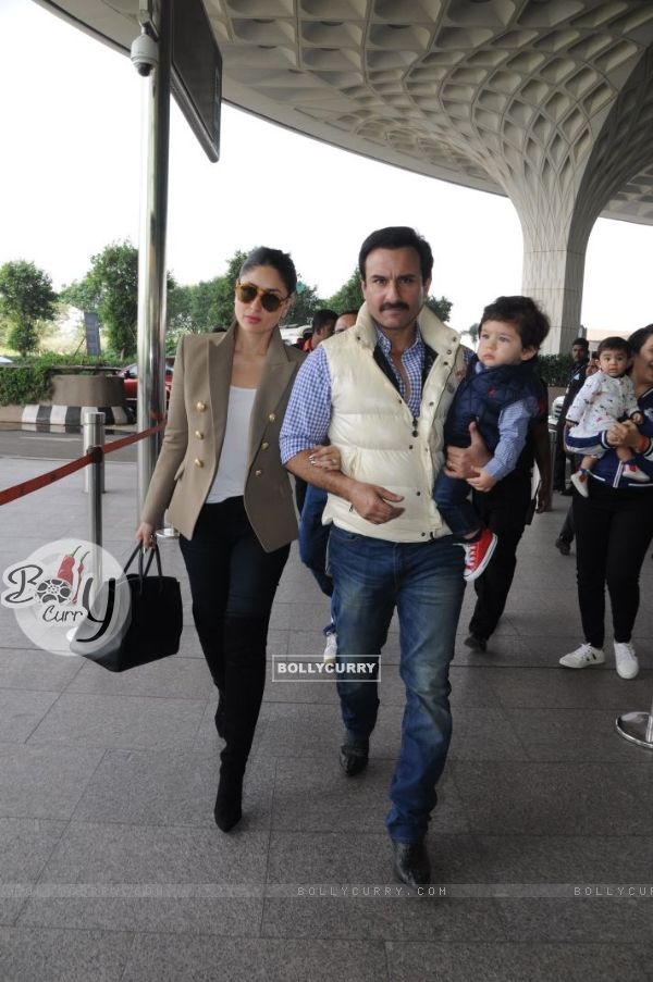 Kareena, Saif with Taimur leave for Delhi