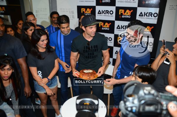 A dashing Hrithik Roshan at a Gym launch