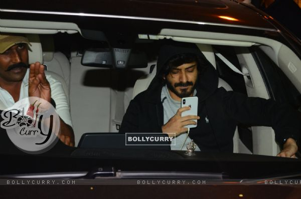 Anil's son Harshvardhan Kapoor arrives