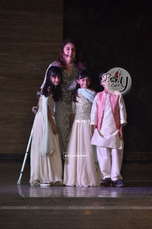 Farah Khan with Kids at Sonam Kapoor and Anand Ahuja Sangeet ceremony