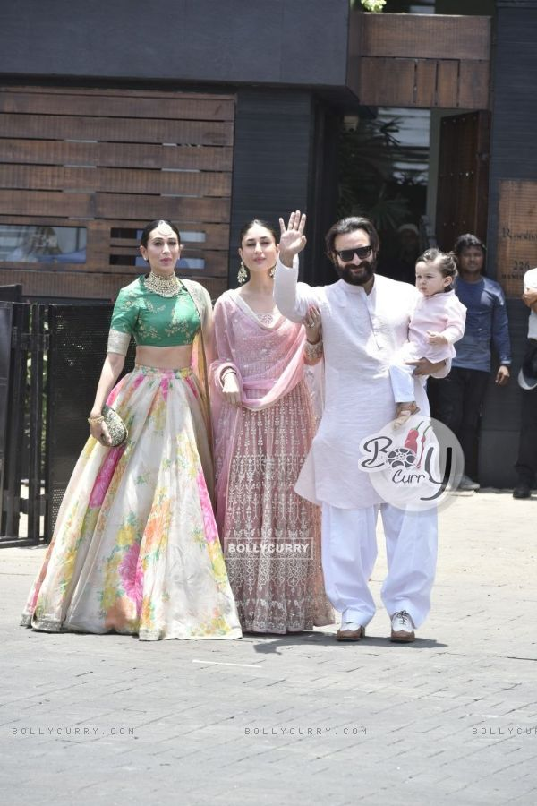 Karisma Kappor, Kareena Kapoor, Saif Ali Khan with Taimur at Sonam Kapoor and Anand Ahuja Wedding