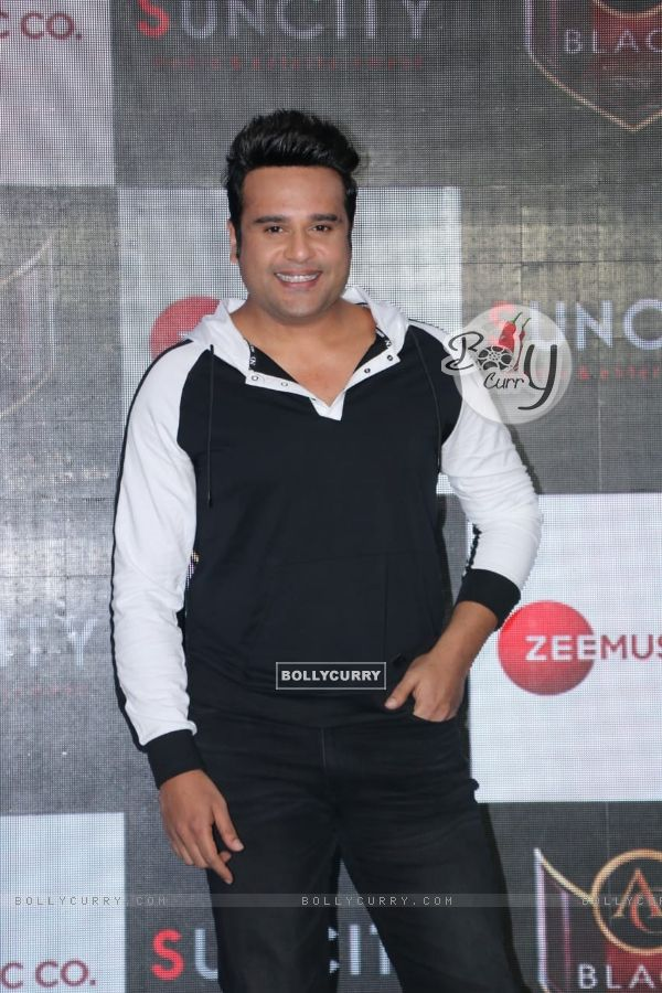 Krushna Abhishek spotted at Hard Rock Cafe in Andheri