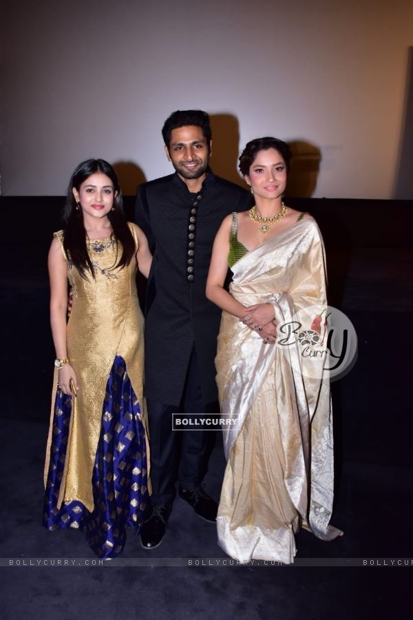 Ankita Lokhande, Mishti and Vaibhav Tatwawadi at Manikarnika trailer launch (441785)