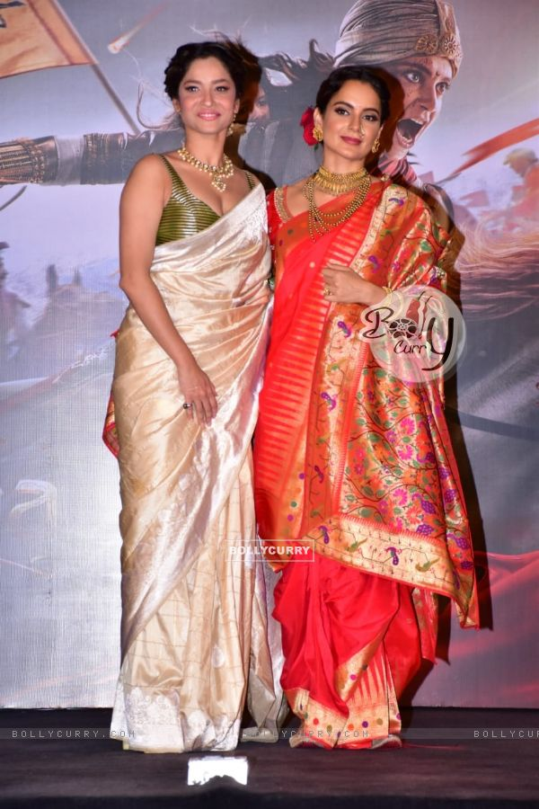 Ankita Lokhande and Kangana Ranaut at Manikarnika trailer launch (441788)