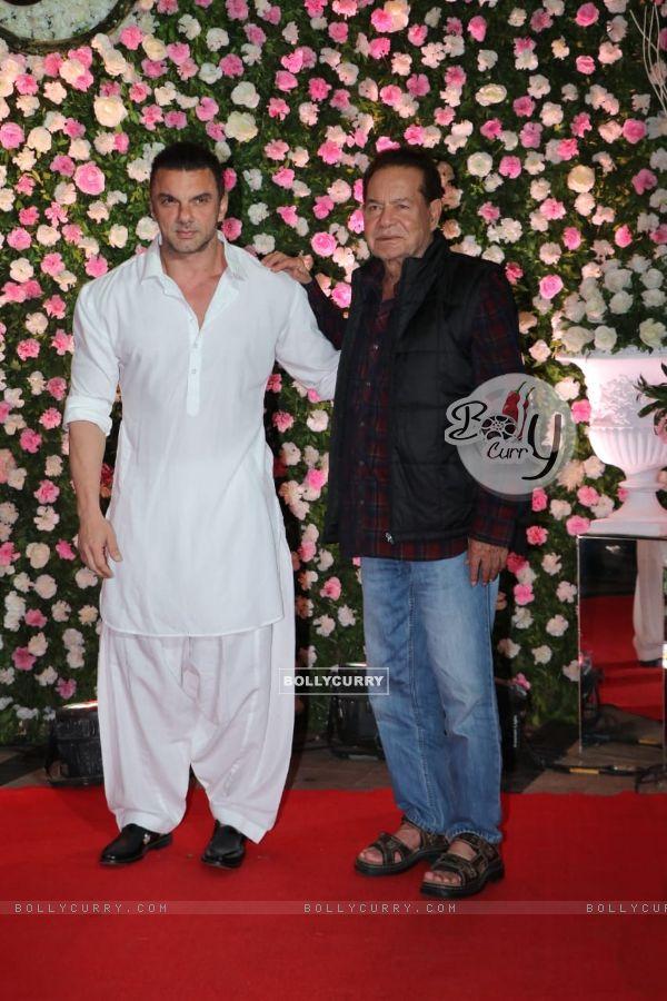 Salim Khan and Sohail Khan at Kapil Sharma and Ginni Chatrath's Live Reception, Mumbai