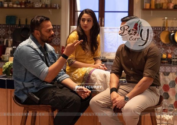 Ranvir Singh, Sara Ali Khan, Rohit Shetty stills from movie Simmba