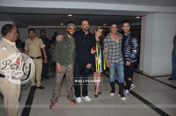 Ranveer Singh, Rohit Shetty, Sara Ali Khan, Akshay Kumar and Karan Johar at Simmba success bash (442987)