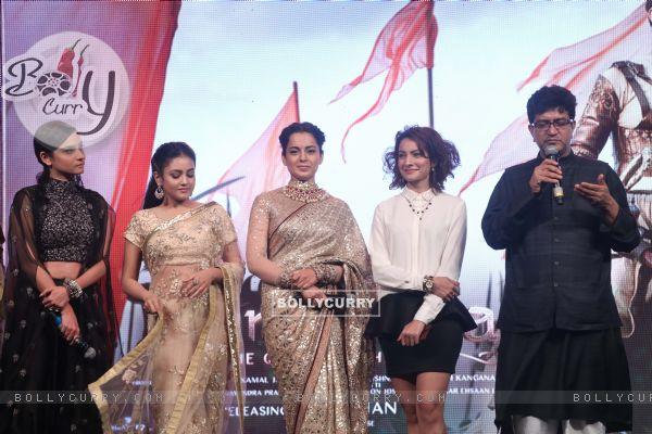 Ankita Lokhande, Mishti, Kangana Ranaut and Prasoon Joshi spotted at Manikarnika music launch (443071)