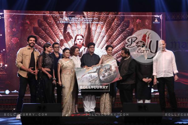 Manikarnika's Cast spotted at Manikarnika music launch (443072)
