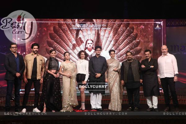 Manikarnika's cast spotted at Manikarnika music launch