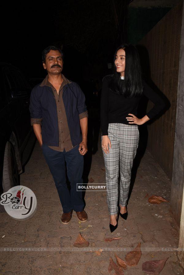 Nawazuddin Siddiqui and Amrita Rao spotted at Thackeray movie screening (443673)