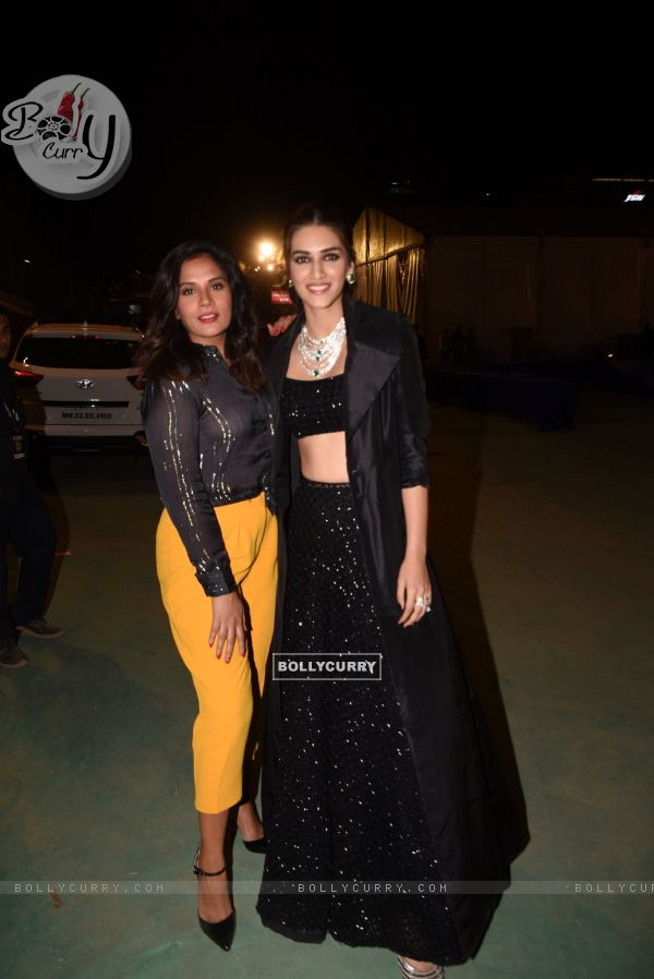 Kriti Sanon and Richa Chadda at Umang Event