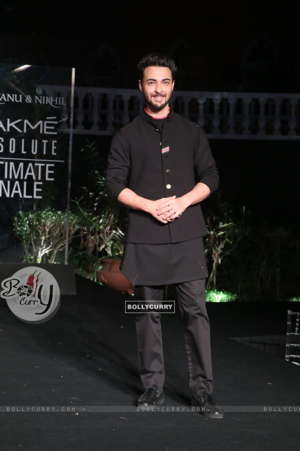 Aayush Sharma snapped at Lakme Fashion Week