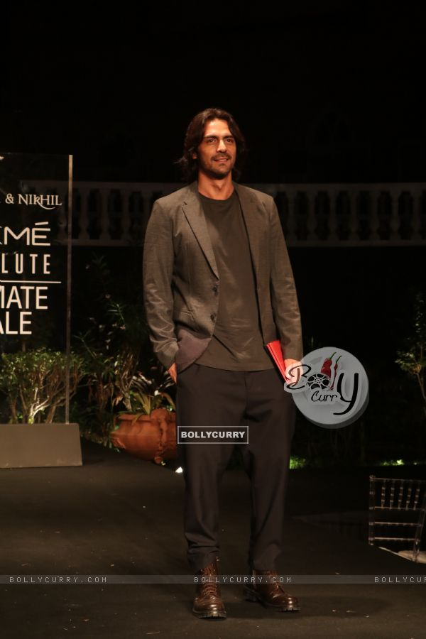 Arjun Rampal snapped at Lakme Fashion Week