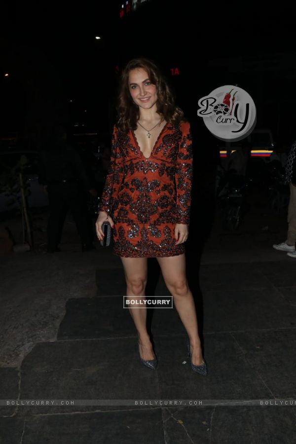 Elli Avram at Nora Fatehi's Birthday bash!