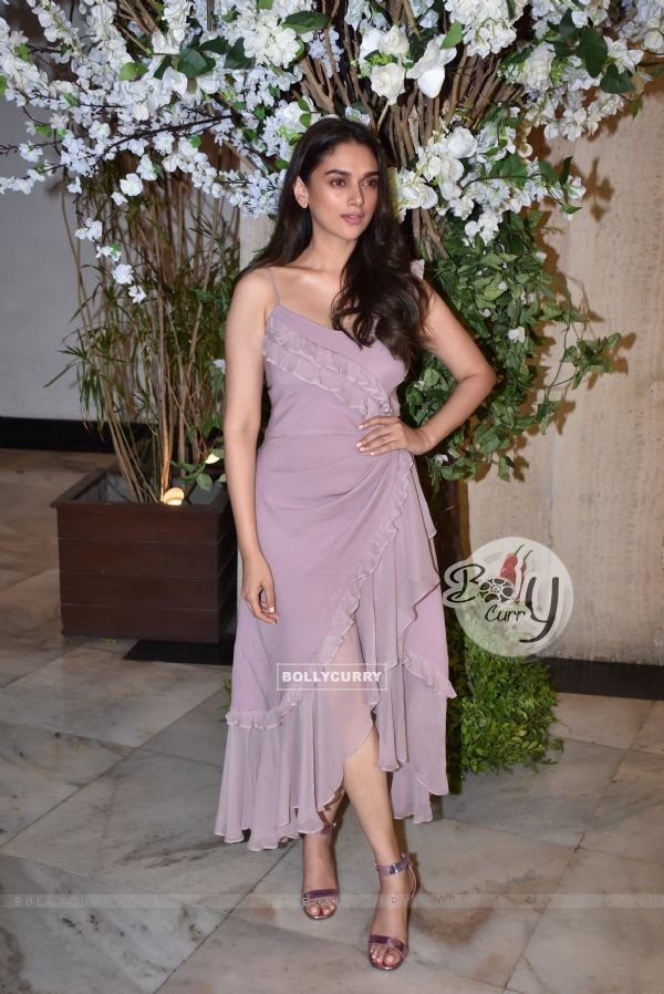 Bollywood divas attend a fun bash hosted by the designer Manish Malhotra!