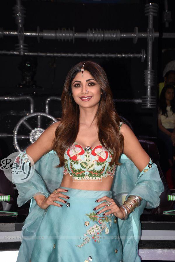 Shilpa Shetty on the sets of Super Dancer 3!