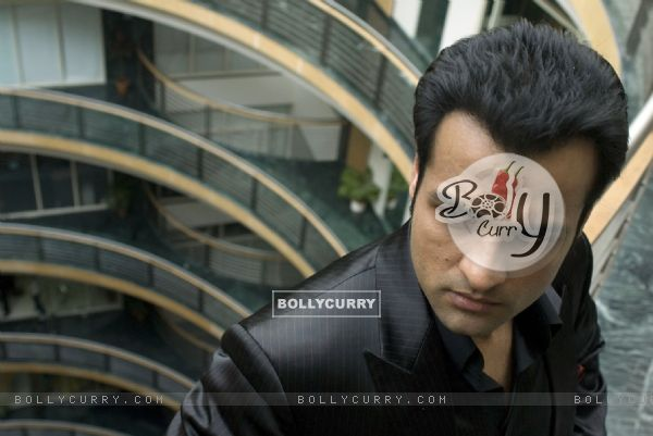 Rohit Roy looking angry