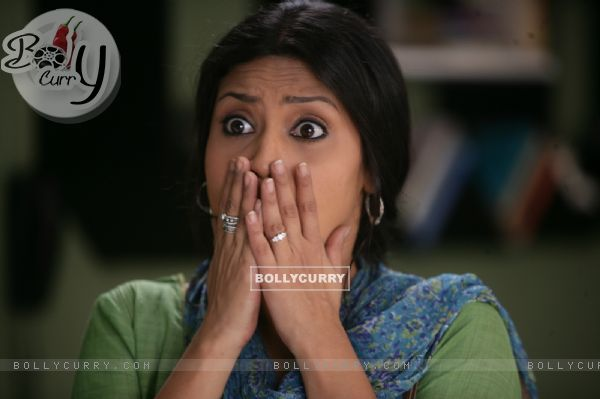 Konkona Sen Sharma looking surprised (56601)