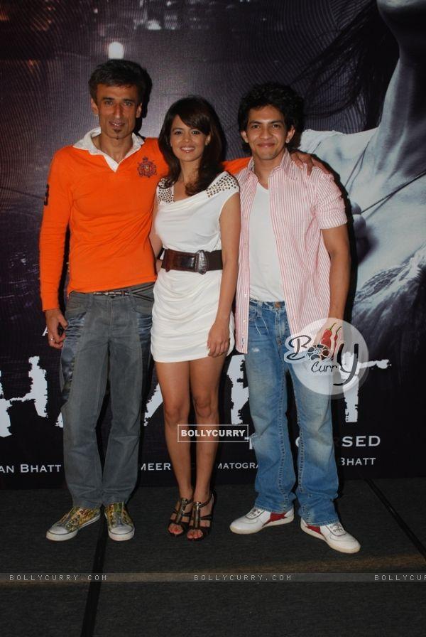 Aditya, Shweta and Rahul in the movie Shaapit