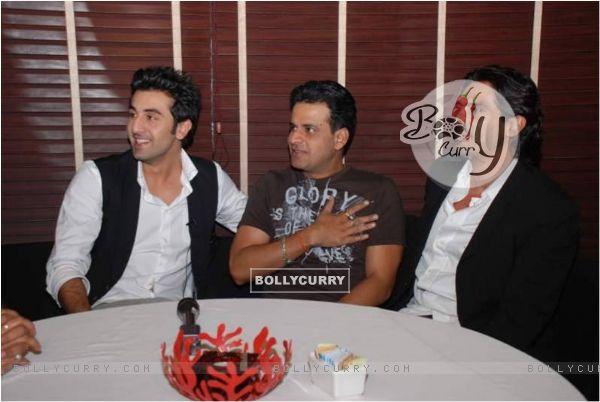 Manoj, Ranbir and Arjun In the movie Raajneeti (59101)