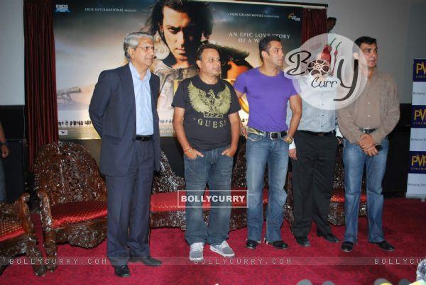 """Salman Khan at """"Veer"""" film first look (82391)"""