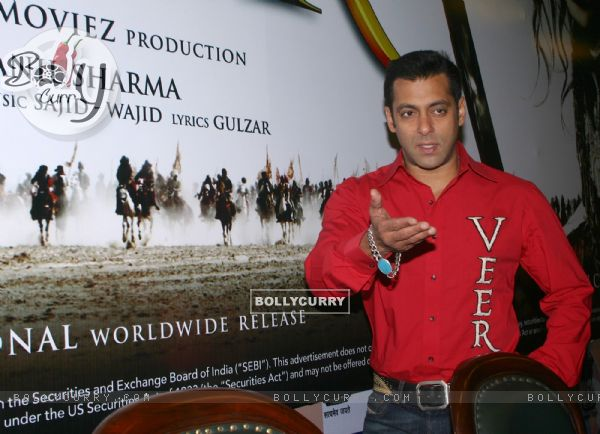 Bollywood actor Salman Khan in New Delhi to promote his film ''''Veer'''' on Tuesday 19 Jan 2009 (84118)