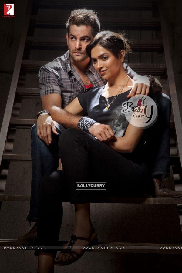 Neil Nitin and Deepika in the movie Lafangey Parindey (90511)