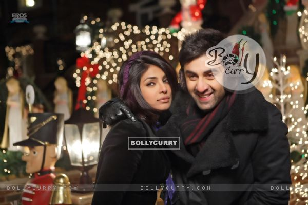 Still image of Ranbir and Priyanka (92716)