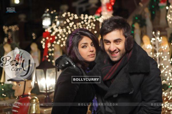 Still image of Ranbir and Priyanka (92716)