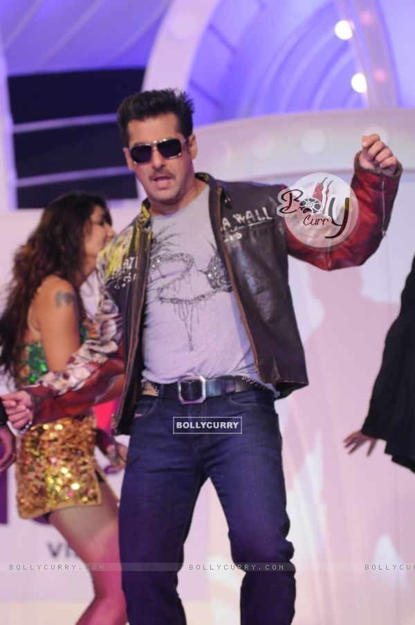 Salman Khan does a jig at the press conference announcing him as the Host of Bigg Boss 4