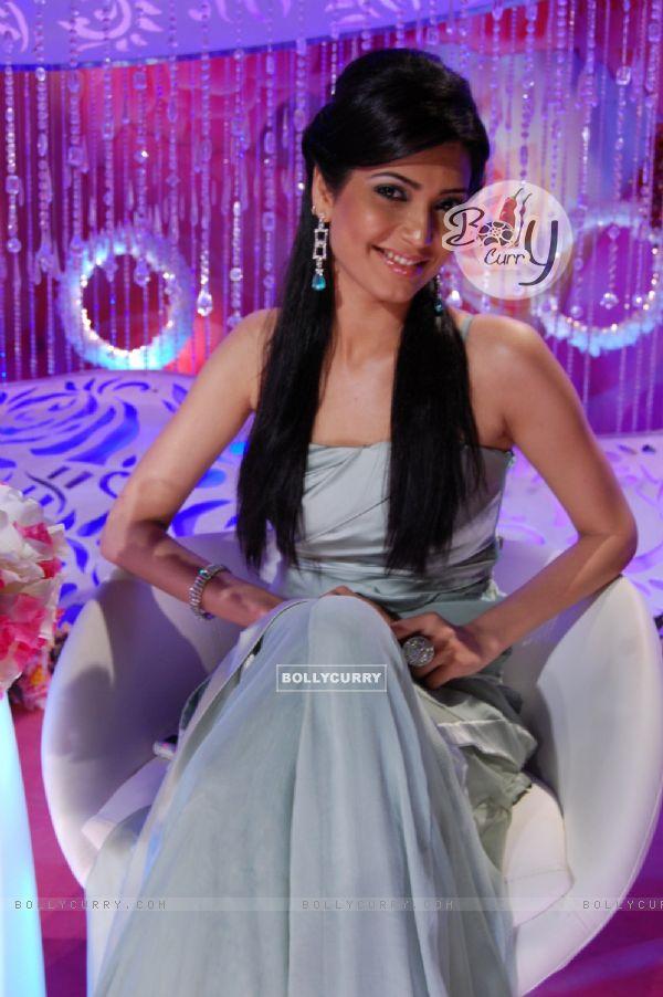 Karishma Tanna contestant of tv show Meethi Chhoorii No. 1