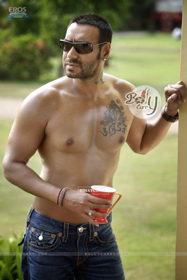 Ajay Devgan body shot pic