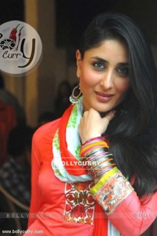 Wallpaper Kareena Kapoor In The Movie Bodyguard 168660 Size