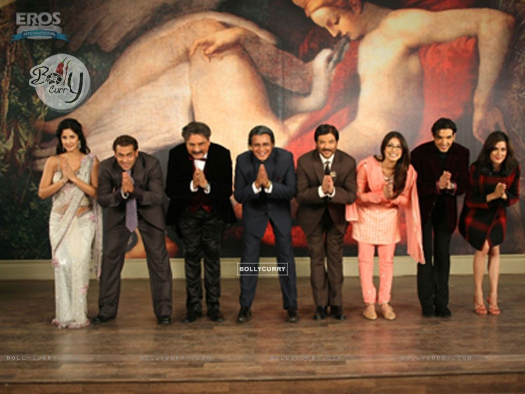 All cast of yuvraaj bending their head (12320) size:1024x768