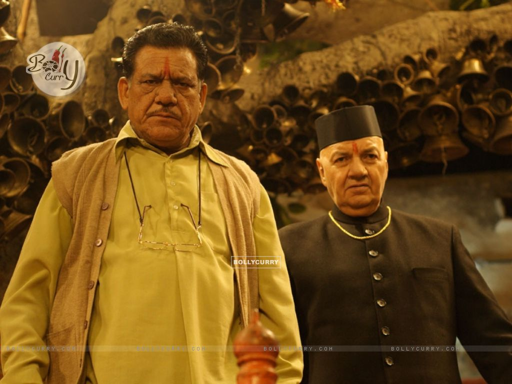 Om Puri and Prem Chopra looking angry (12578) size:1024x768