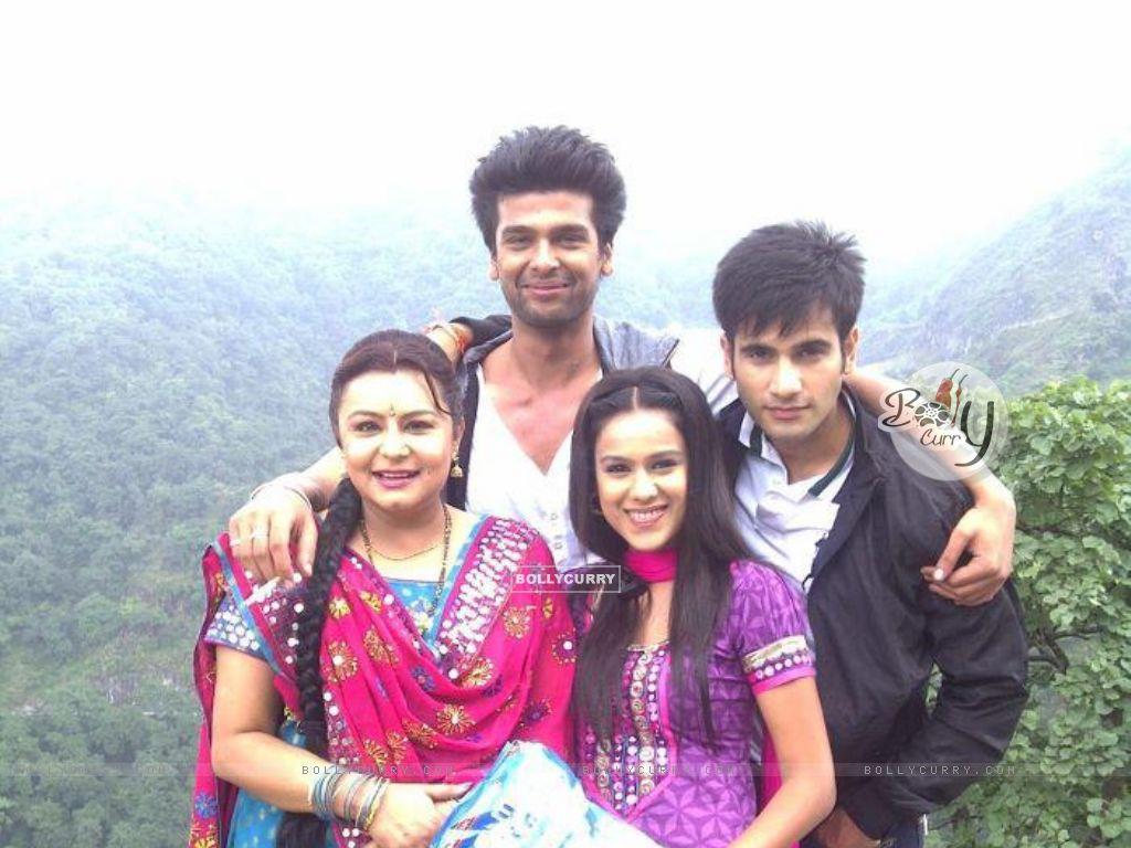 Meri wife nisha ki badi gand porn hindi audio - 2 part 3