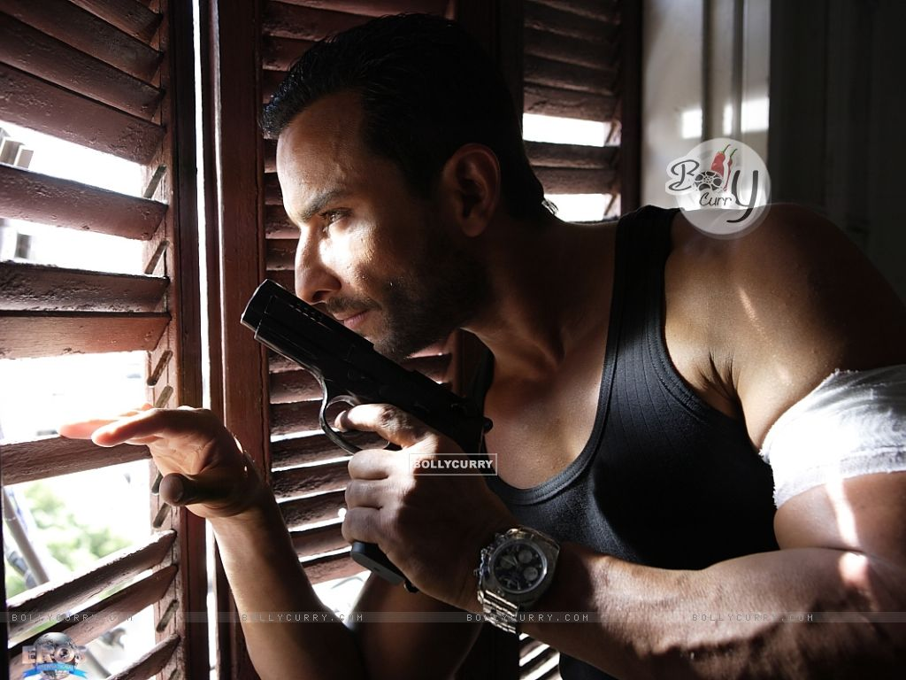 Saif Ali Khan in the movie Agent Vinod (181823) size:1024x768