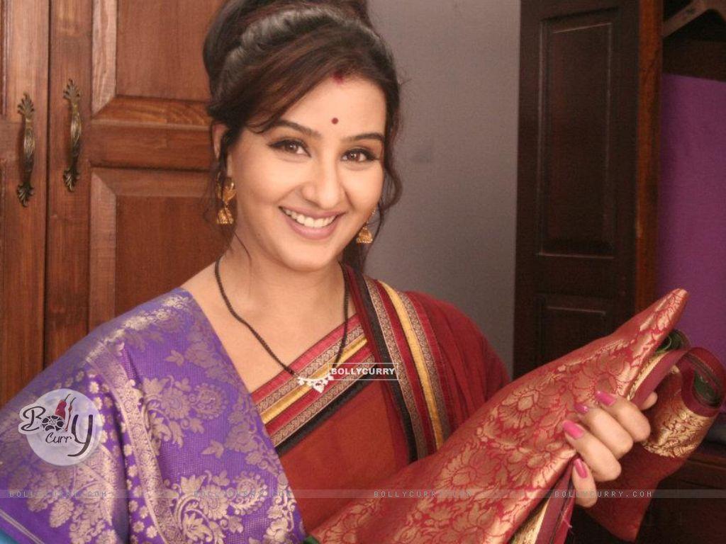 Shilpa as Koel Narayan in Chidiya Ghar (182054) size:1024x768